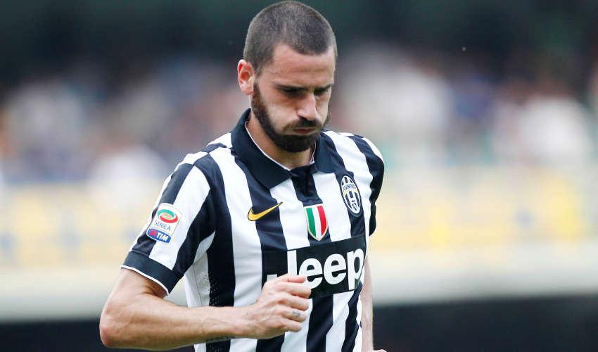 Bonucci criticized for a humble gesture
