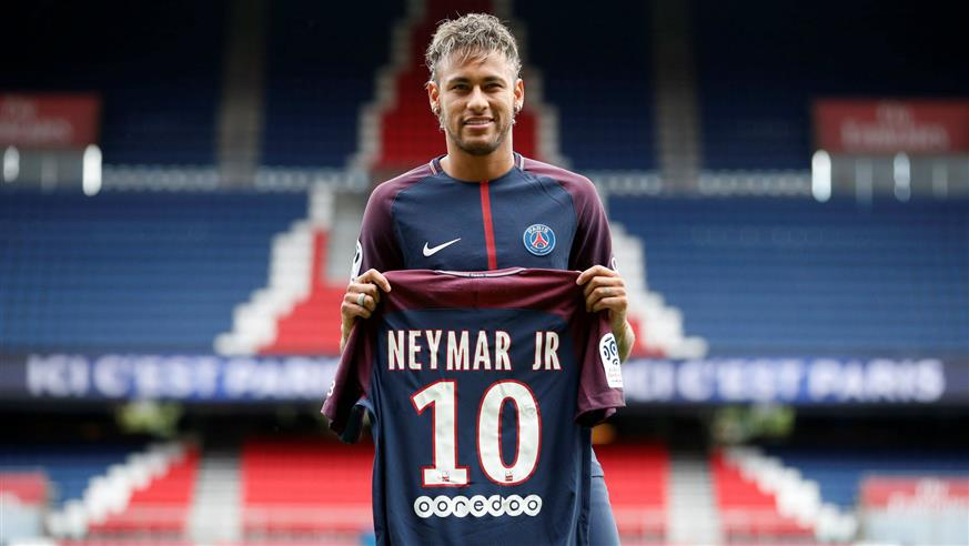 Barcelona-close-in-on-Neymar-replacement