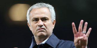 mourinho-four-fingers