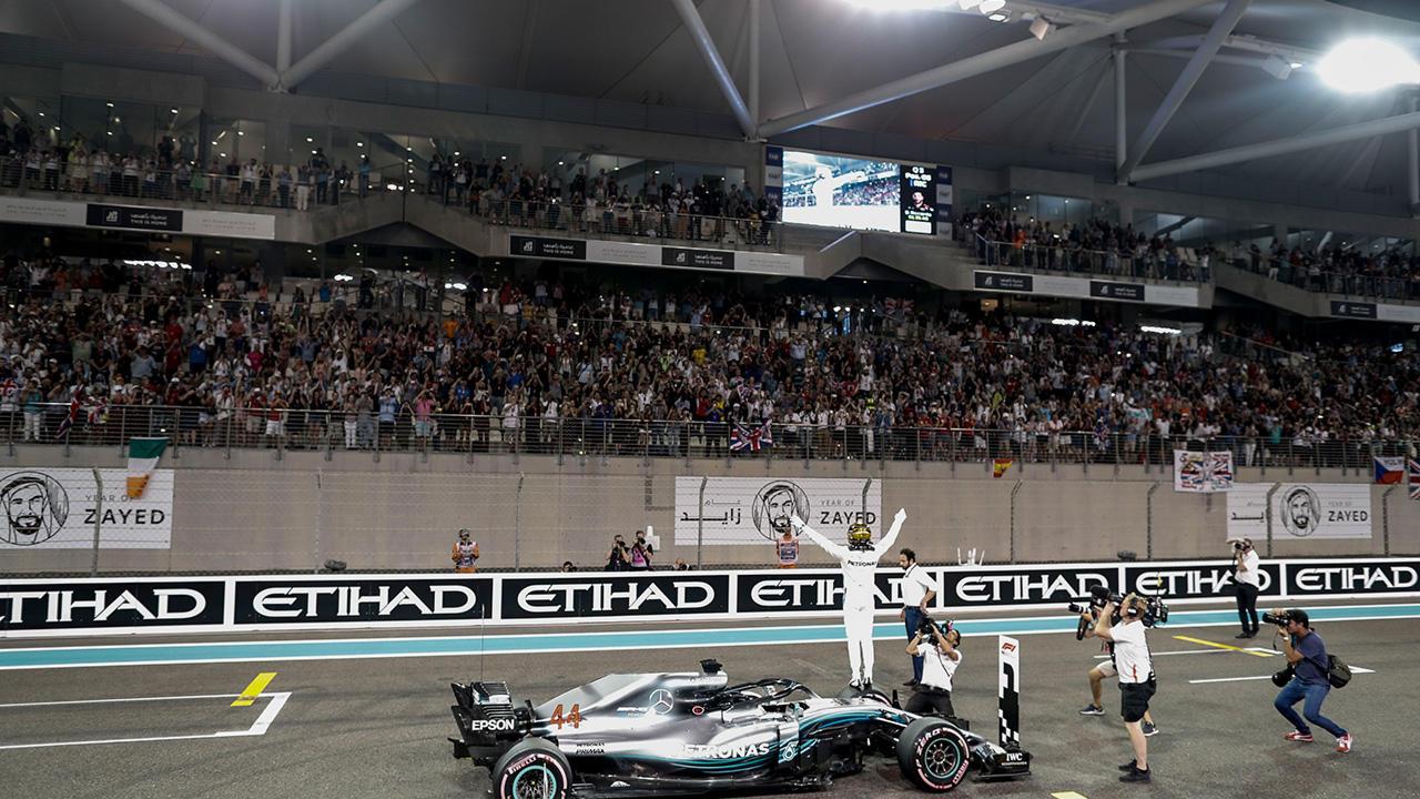 Mercedes - Lewis Hamilton wins in Abu Dhabi 2018